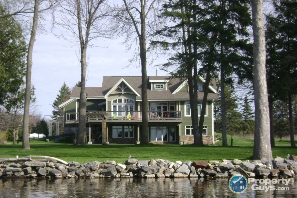 houses for sale in picton on