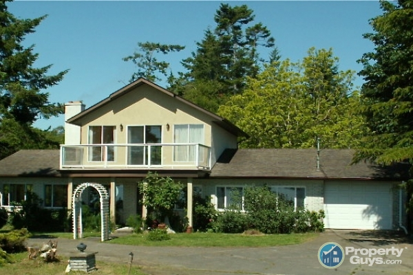 Property For Sale In Saanichton