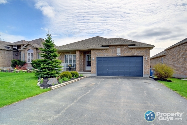 Homes For Sale In Guelph Ontario >> Private Sale 351 Eastview Road Guelph Ontario Propertyguys Com