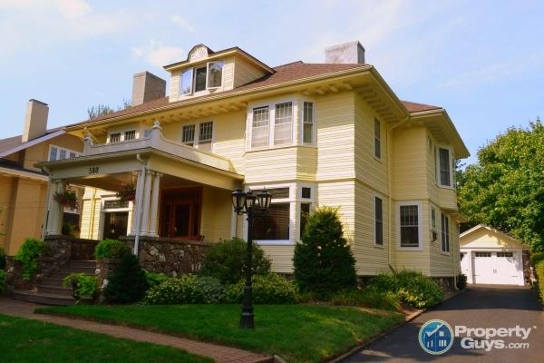 wolfville nova scotia real estate